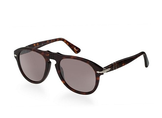 Rounded Tortoise Persol Sunglasses